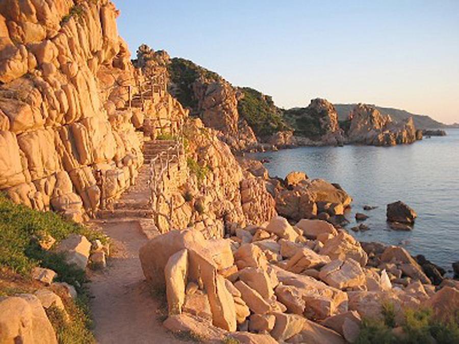 Giardino Pietra Rossa Sardegna : Villino pietra rossa